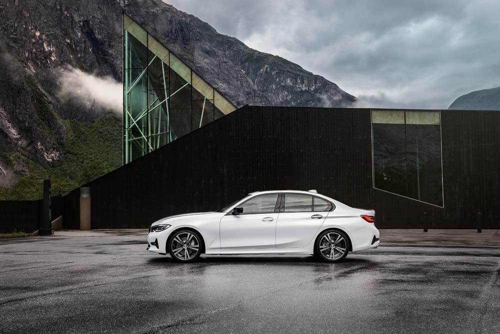 BMW serii 3 - siódma generacja