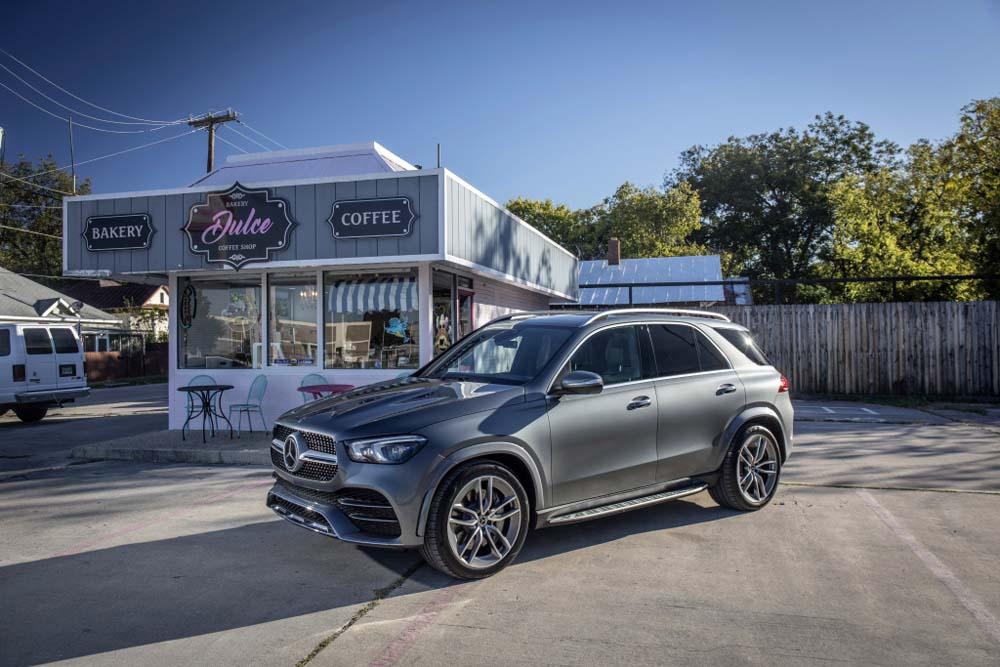 Mercedes-Benz GLE 400 d 4MATIC, AMG-Line - przód i bok