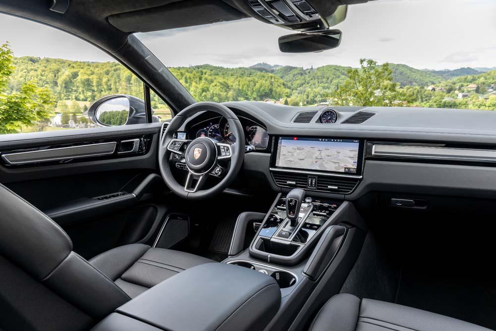 Porsche Cayenne S Coupe - wnętrze